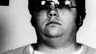 Lennon gyilkosának levelei kerültek nyilvánosságra