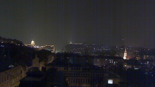 Különös fényektől rettegtek a városlakók