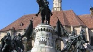 Kolozsvári Mátyás-szobor: bíróság előtt!
