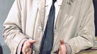 Columbo hadnagy Alzheimer-kórban szenved