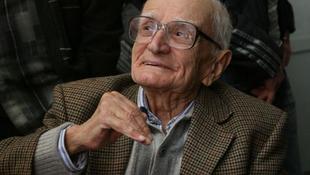 Elhunyt Valeri Petrov