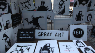 Banksy 60 dollárért árulta képeit