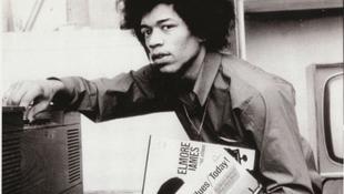 Az ismeretelen gitáros, neve: Jimi Hendrix