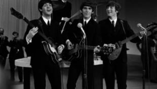 A Beatles interneten nem eladó