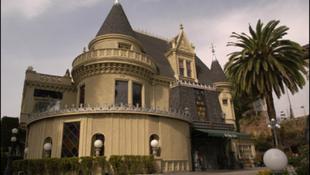 Újra megnyitja kapuit a mágikus kastély