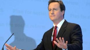 A brit miniszterelnök sajtóbotrány miatt távozhat