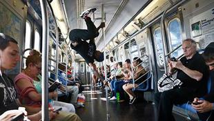 Nincs több tánc a metróban?