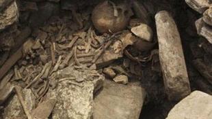 Ősi sír a perui író háza alatt