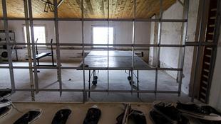 Rendhagyó színház a tököli börtönben