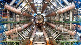 Mégis fény derülhet a világegyetem leghatalmasabb titkára?