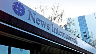 Öngyilkosságot kísérelt meg két újságíró a botrány miatt