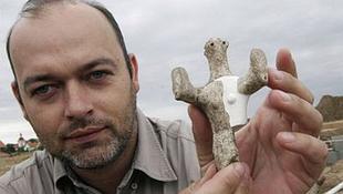 Hétezer éves agyagszobrot találtak Csehországban