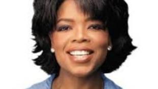 Sztárok búcsúztatták a televízió nagyasszonyát