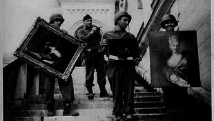 Elkapták a csajokat a kiéhezett amerikai katonák