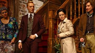 Hány színész fér el egy kastélyban?
