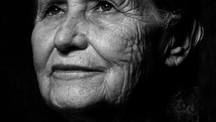 Meghalt Doris Lessing