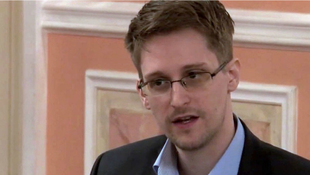A bennünk lakó Edward Snowden