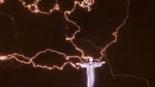 Megsérült a Krisztus-szobor