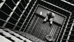 Prostik, fű és plazma TV jár a raboknak