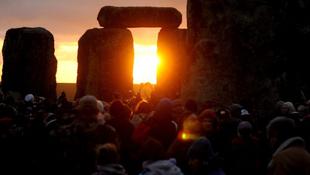Stonehenge-újítás a téli napfordulóra