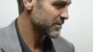 Barátainak ajándékozná hamvait a szexi színész