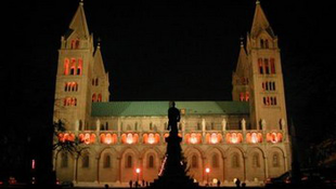 Megújulnak a Pécsi Egyházmegye épületei