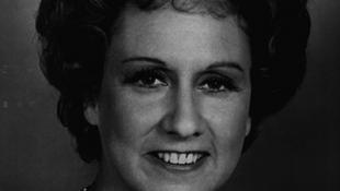 Elhunyt Jean Stapleton