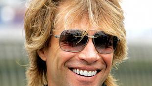 Sokat tettél másokért? Nyerj pénzt Bon Jovitól!