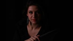 Bor, hegedű, kiállítás, koncert
