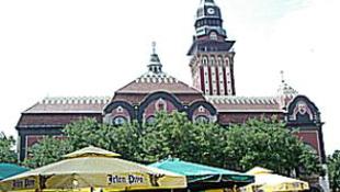 Díszkivilágítást kap a szabadkai városháza