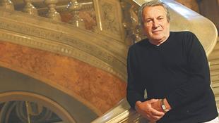 Elhunyt Seregi László
