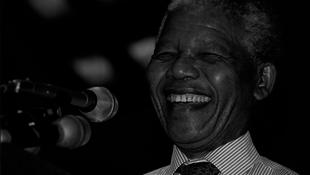 A filmpremieren jelentették be Mandela halálhírét