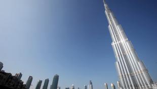 Összedől a világ legmagasabb épülete?