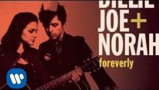 Norah Jones és a Green Day énekese közös lemezen