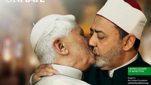 A pápa csókja