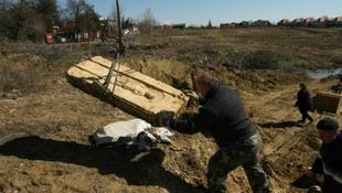 Római sírkövet rejtett a szántóföld
