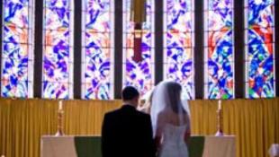 Az oltár előtt mondott nemet a vőlegény - áll a bál