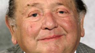 Meghalt Miklósy György