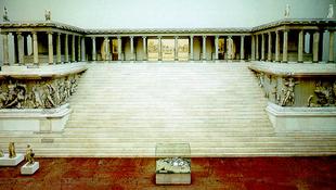 Évekig nem lesz látogatható a Pergamon-oltár
