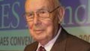 Elhunyt Fritz Sennheiser