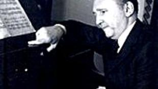 Elhunyt Dobos Kálmán