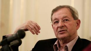 Német díjat kapott Nádas Péter