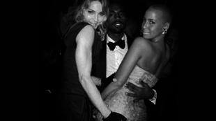 Madonna letapizta a rapper barátnőjét