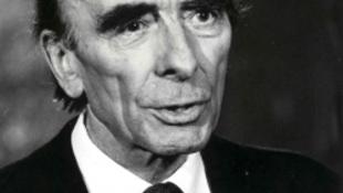 25 éve halt meg a színház teljhatalmú ura