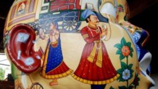 Indiai művészek támadnak Pestre