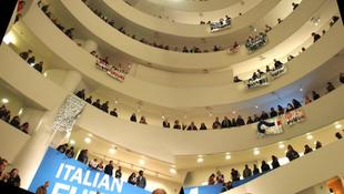 Tüntetők foglalták el a múzeumot