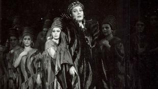 Súlyos betegségben elhunyt a magyar énekesnő, Sudlik Mária