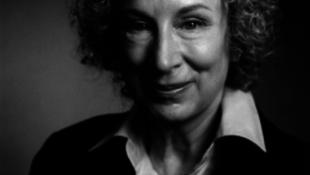 70 éves a feminista írónő