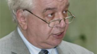 Lemondott a Kossuth- és Széchenyi-díj Irodalmi Albizottságának több tagja