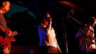 Krimibe illő koncert Újbudán